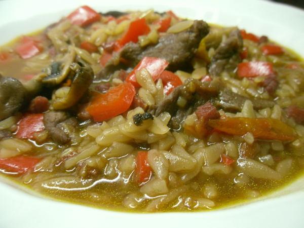 Paprika-Rindfleisch-Miso-Suppe